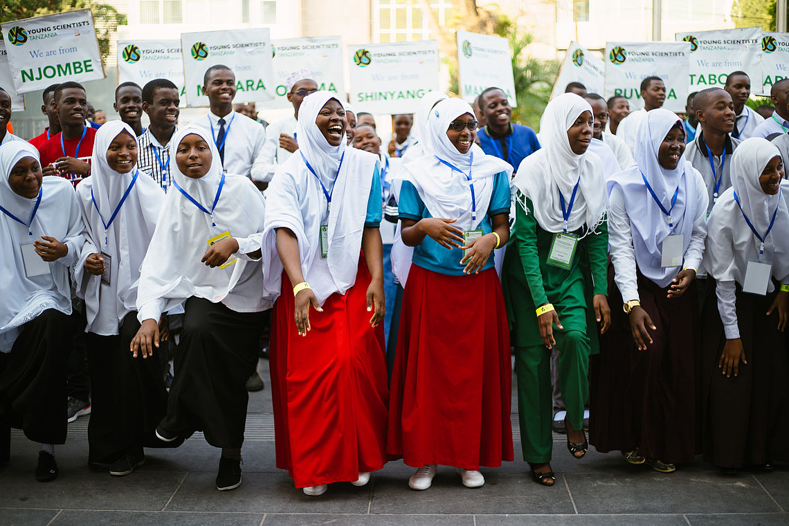 Young Scientists Tanzania Home